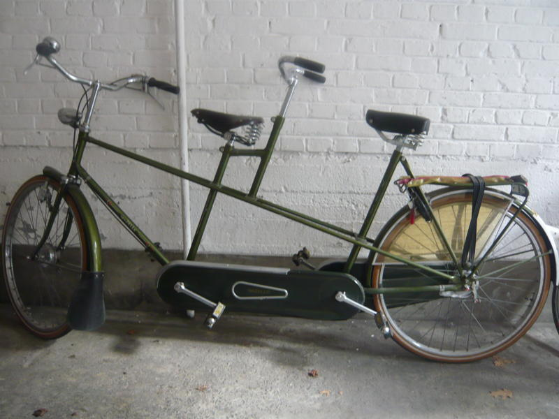 Dijkstra's tandem bicycle